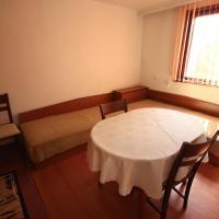 Hotel Pictures: Slavey Homestay, Elkhovo