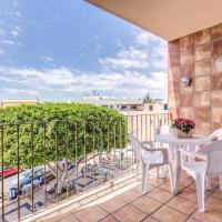 Hotel Pictures: Arguineguin Patio Granada 12, La Playa de Arguineguín