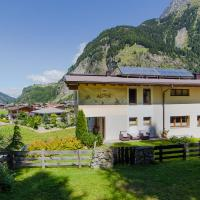Two-Bedroom Apartment with Mountain View