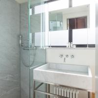 Three-Bedroom Apartment- Cornwall Crescent II