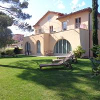 Hotelbilleder: Appartement Villa Angelina, Grimaud