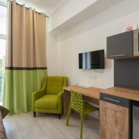 Bright Studio Apartment with Balcony on Khreschatyk 23