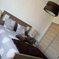 Hotel Pictures: Le 6.3 Resto Home B&B, Port-en-Bessin-Huppain