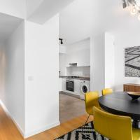 Superior Two-Bedroom Apartment with  Castle View and Terrace