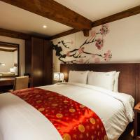 Deluxe Suite with 1 Double Bed (2 Adults)