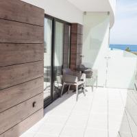 Luxury Suite (facing construction site)