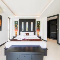 Five-Bedroom Villa with Private Pool and Spa Bath