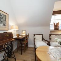 One-Bedroom Suite with City View - 1/4 Szewska Street