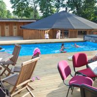 Hotel Pictures: Oxforell Holiday Centre, Kose-Uuemõisa