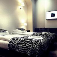 Double or Twin Room with Extra Bed (3 Adults) 6