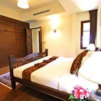 Royal Two-Bedroom Suite with Spa Bath