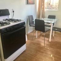 Two Bed Apartment with kitchen
