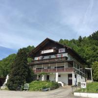 Hotelbilleder: Wald Cafe, Simbach am Inn