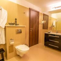 Executive Suite with Spa Access