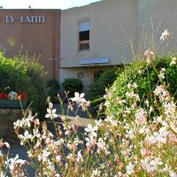 Hotel Pictures: Hôtel Le Ty-Lann, Saint-Avé