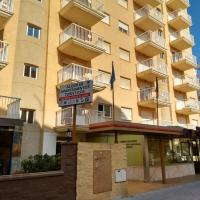 Hotel Pictures: Apartamentos Turisticos Biarritz - Bloque I, Gandía