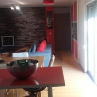 Spacious Apartment in Estoril