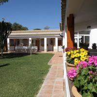 Hotel Pictures: Hostal Las Acacias, Los Caños de Meca