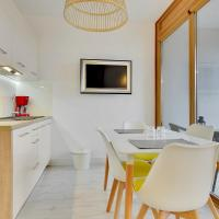 Apartment with Balcony 178A