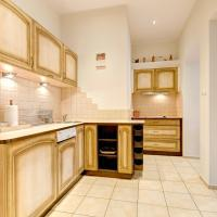 Deluxe One-Bedroom Apartment with Patio (4 Adults) - 45 Monte Cassino Street