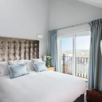 Luxury Two-Bedroom Lodge