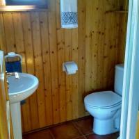 Wood Cabin (2 adults)