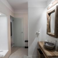 Premium Suite with Shared Pool