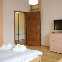 One-Bedroom Apartment Chełmska Street 10/18