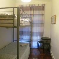 Budget Twin Room with Shared Bathroom