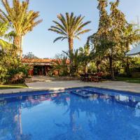 Hotel Pictures: La Vila, San Jose de sa Talaia