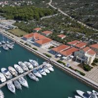 Apartment ACI Marina CRES