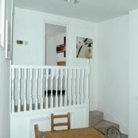 Two-Bedroom Apartment New Chelsea Terrace 34