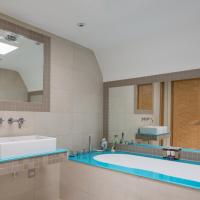 Two Bedroom Apartment - Gunter Grove