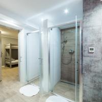 Eight-Person Room with Private Bathroom