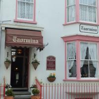 Hotel Pictures: Taormina Guest House, Tenby