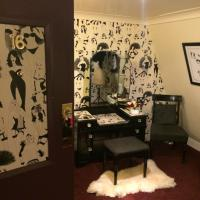 Double Room -  Dupenny Boudoir