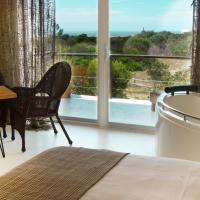 Suite with Jacuzzi and Sea view