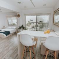 Zdjęcia hotelu: City Centre Studio Beach View, Limassol