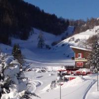 Hotel Pictures: La Vallée Blanche, Valberg