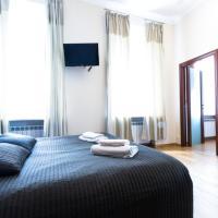 Superior Two-Bedroom Apartment - Karavannaya 11 - 30