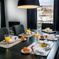 Deluxe Three-Bedroom Apartment with Castle View
