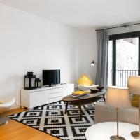 Top Floor Two-Bedroom Apartment with Hill View
