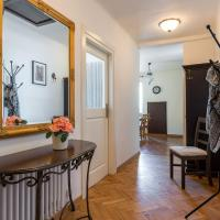 One-Bedroom Apartment 12 Miodowa Street