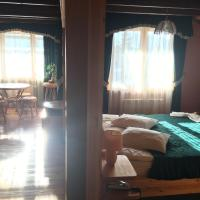 Suite (2-3 Adults)