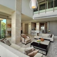 Luxury Penthouse Apartment with Private Pool