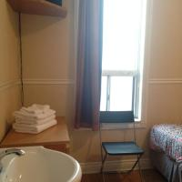 Basic Double or Twin Room with Two Single Beds and Shared Bathroom