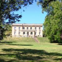 Hotel Pictures: Les Vieux Murs, Souvigny