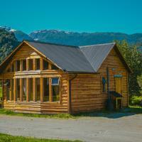 Hotel Pictures: Cabañas Shangrila Aysen, Puerto Aisén