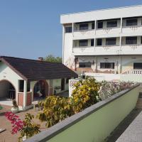 Sanaa Lodge
