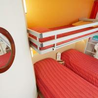 Triple Room with 3 Singles Beds
